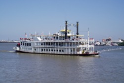 Creole Queen riverboat-French Quarter-New Orleans-La-1542020_1280pixabay